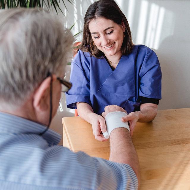 Pflege in häuslicher Umgebung Pflegedienst Niederrhein